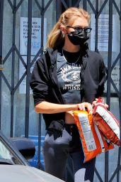 Stella Maxwell Street Style - Los Angeles 08/11/2020