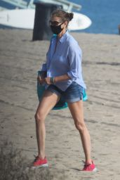 Teri Hatcher - Beach in Malibu 08/06/2020