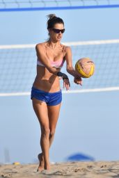 Alessandra Ambrosio - Playing Beach Volleyball in Santa Monica 09/19/2020