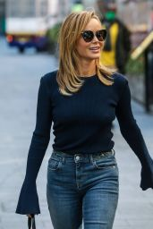 Amanda Holden Street Style - London 09/28/2020