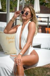 Arabella Chi - Photoshoot in Ibiza 09/01/2020