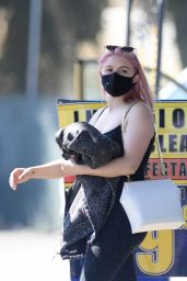 Ariel Winter - Out in Los Angeles 09/04/2020