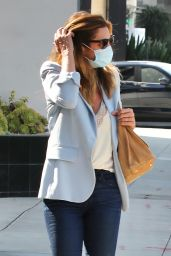 Cindy Crawford - Heading to a Hair Salon in Beverly Hills 09/24/2020