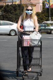 Dakota Fanning - Grocery Shopping at Vons in Burbank 09/29/2020