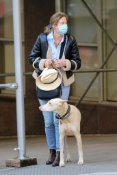 Drew Barrymore - Help a Dog Who Was Injured by an Apparent Hit and Run in NYC 09/22/2020
