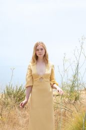 Elle Fanning - Vanity Fair October 2020 Cover and Photos