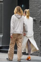 Elsa Hosk - With Her Boyfriend in New York 09/17/2020