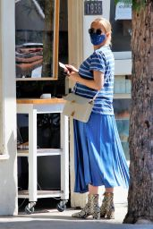 Emma Roberts - Shopping for Flowers in Los Feliz 09/25/2020