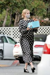 Emma Roberts - Shopping in Los Angeles 09/08/2020