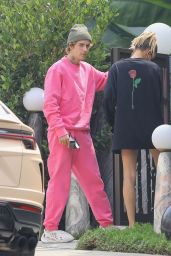 Hailey Bieber and Justin Bieber - Visiting a Friend in West Hollywood 09/15/2020