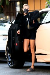 Hailey Bieber in Casual all Black Outfit at Il Pastaio in Beverly Hills 09/18/2020