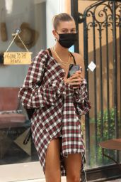 Hailey Bieber - Out for Lunch in West Hollywood 09/09/2020