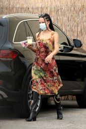 Halsey - Arriving at a Studio in Los Angeles 09/11/2020