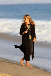 Heidi Klum - Beach in Malibu 09/27/2020