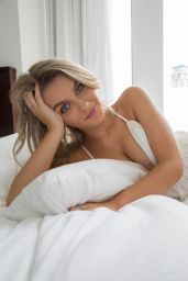 Holly Tandy - Photoshoot July 2020