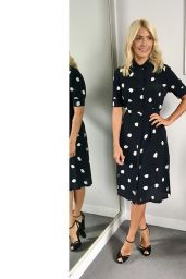 Holly Willoughby - Social Media Photos 09/29/2020