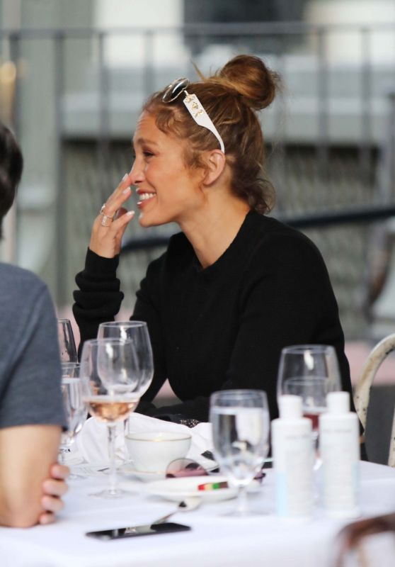 Jennifer Lopez - Out for Dinner in New York 09/13/2020