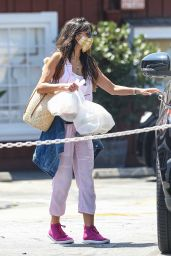 Jordana Brewster - Out in Brentwood 09/01/2020