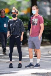 Kaley Cuoco - Out in New York 09/12/2020