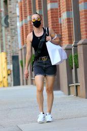 Kaley Cuoco - Shopping With Her Sister Briana in SoHo, NY 09/07/2020