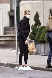 Karlie Kloss in Casual Outfit - New York 09/25/2020