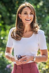 Kate Middleton Wearing Necklace With Initials of Children - London 09/22/2020