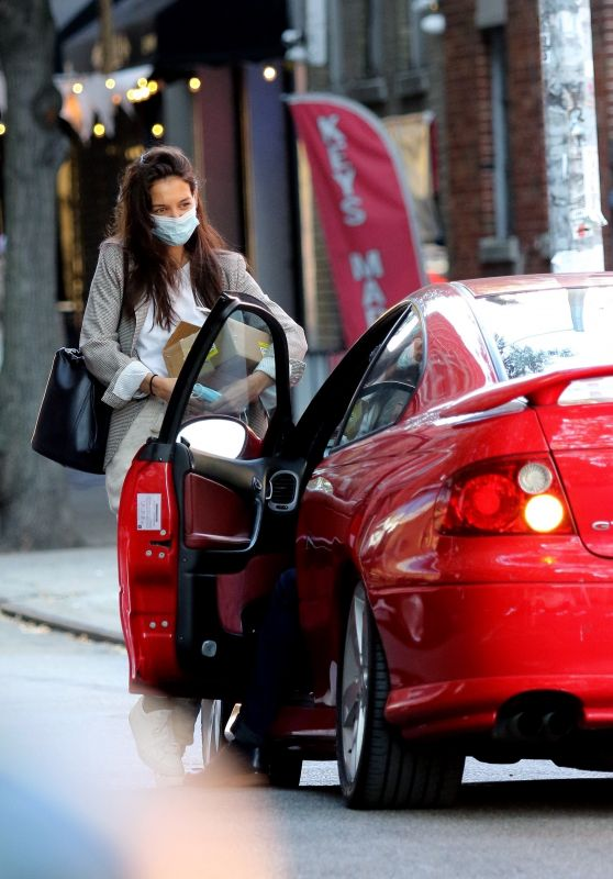 Katie Holmes and Emilio Vitolo - Go For a Joyride in His red Pontiac in NY 09/21/2020