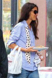 Katie Holmes - Dines in Downtown Manhattan 09/25/2020