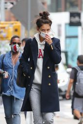 Katie Holmes in Casual Outfit - NYC 09/24/2020
