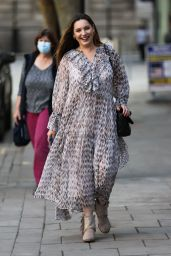 Kelly Brook - Arriving to the Heart Radio Studios in London 09/17/2020