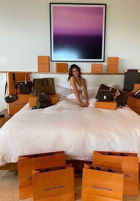 Kendall Jenner - Social Media Photos 09/24/2020