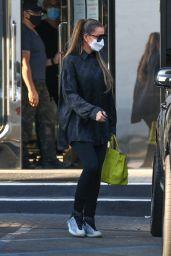 Khloe Kardashian and Tristan Thompson - Shopping at XIV Karats Ltd in Beverly Hills 09/25/2020