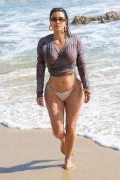 Kim Kardashian - Beach in Malibu 09/09/2020