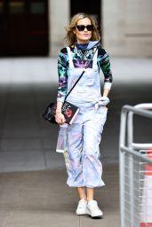 Laura Whitmore Looks Bohemian Chic - London 08/30/2020