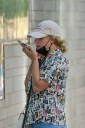 Lili Reinhart - Take Her Dog For a Walk in Vancouver 09/06/2020