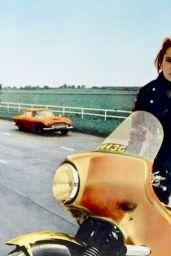 Luciana Paluzz - Thunderball Promoshoot 1965