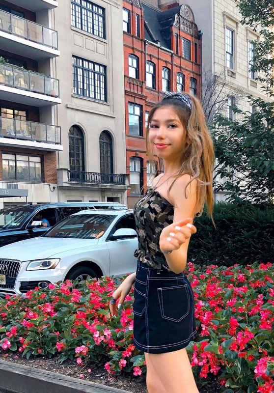 Lulu Lambros - Social Media Photos and Videos 09/23/2020