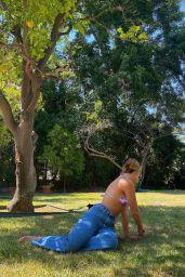 Mackenzie Ziegler - Social Media Photos and Videos 09/04/2020