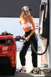 Madison Beer at the Pump in Los Angeles 09/01/2020