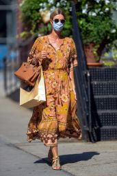 Nicky Hilton Looking Stylish - Out in NY 09/08/2020