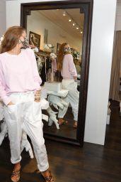 Nina Agdal - Shops at Unsubscribed in East Hampton 09/03/2020