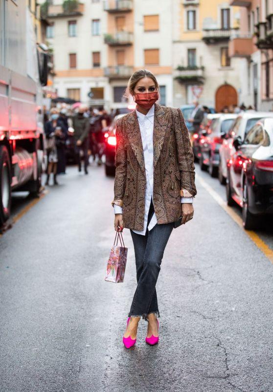 Olivia Palermo - Outside Etro during the Milan Women