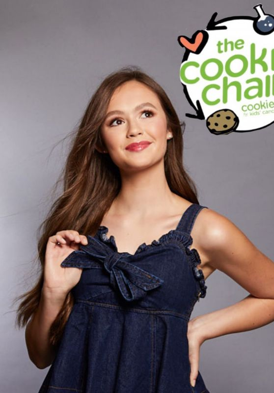 """Olivia Sanabia - """"The Cookie Chain"""" Campaign September 2020"""