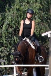 Olivia Wilde - Horseback riding in Thousand Oaks 09/01/2020