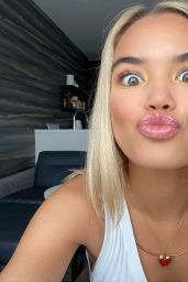 Paris Berelc – Social Media Photos and Videos 09/16/2020