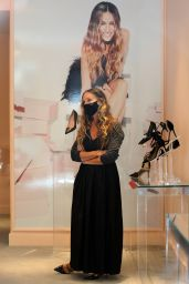 """Sarah Jessica Parker at the """"SJP By Sarah Jessica Parker"""" Store in Manhattan 09/22/2020"""