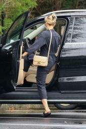 Scarlett Johansson - Shopping in the Hamptons 09/02/2020