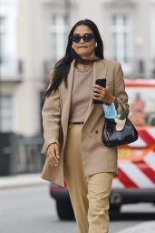 Shanina Shaik Looking Stylish in a Beige Trousers and Jacket - London 09/15/2020
