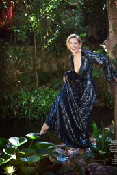Sharon Stone - Town & Country October 2020 Issue