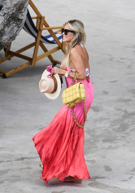 Sylvie Meis - Honeymoon in Capri 09/23/2020